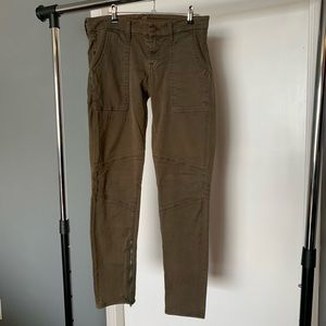 like new 7 For All Mankind brown/tan skinny pants